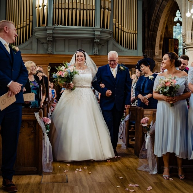 recommended wedding photographer nottingham, wedding photographer derby, photographer hucknall, alternative wedding photographer, wedding photographer near me