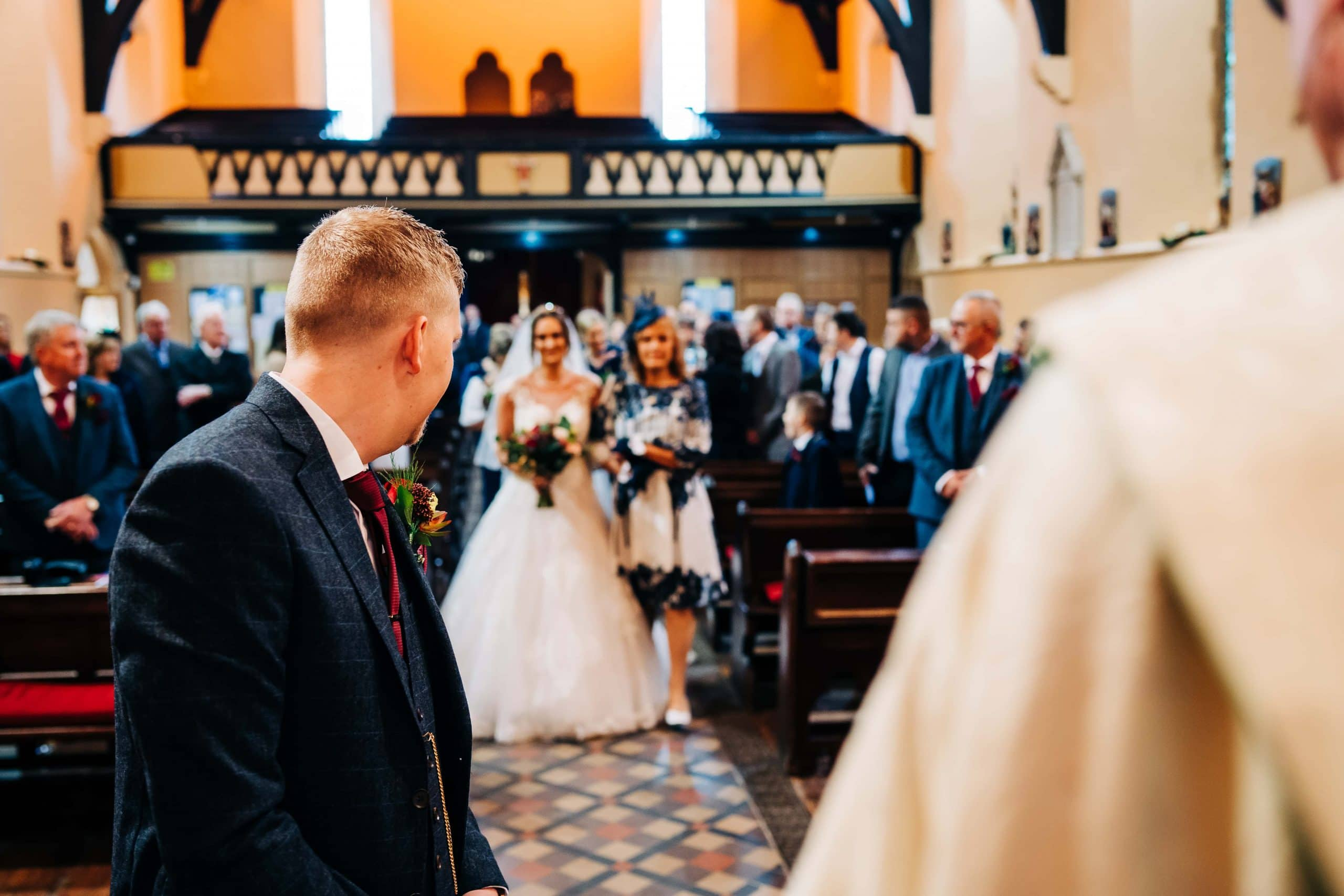 church wedding, bridal and groom, wedding day, local wedding photographer