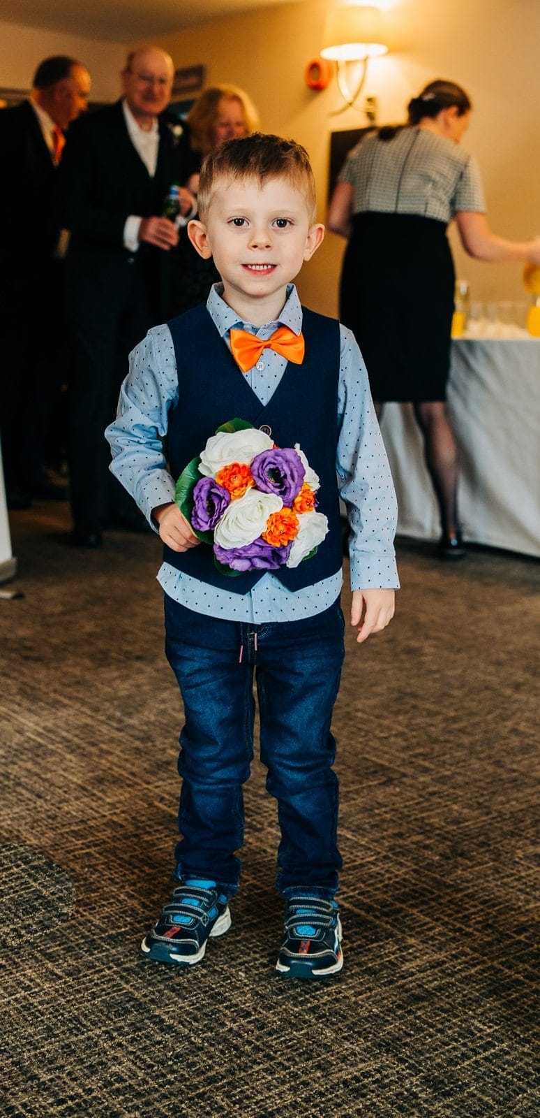 pageboy outfits, weddings in derbyshire, ripley weddings, derbyshire wedding photographer
